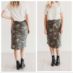 ✨LAST ONES✨Camouflage chic midi skirt
